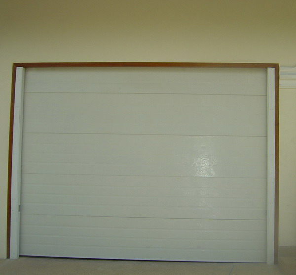 garage door panel 'ribbed'