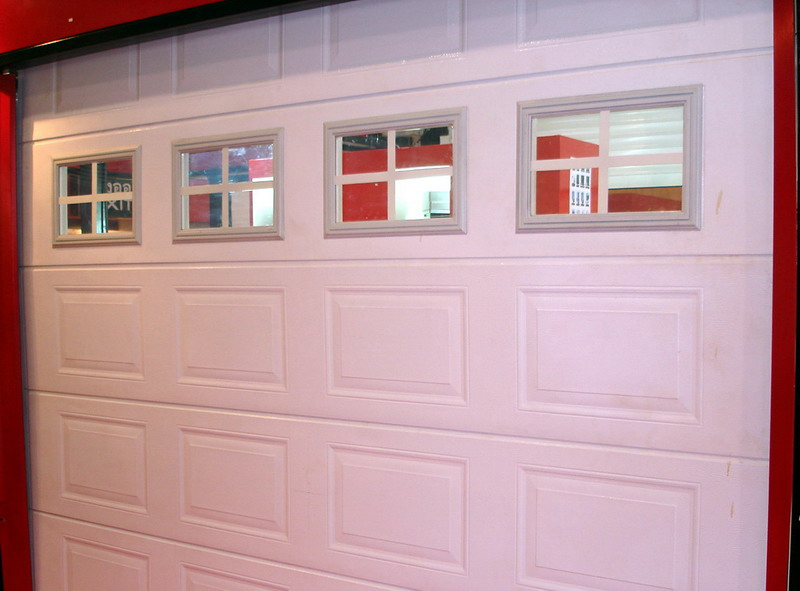 garage door with white windows